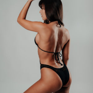 bikini une pièce hamaji classic black vue de profil